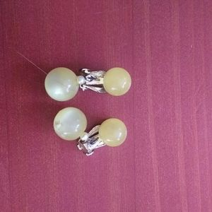 Vintage yellow clear dangle bead clip on earrings